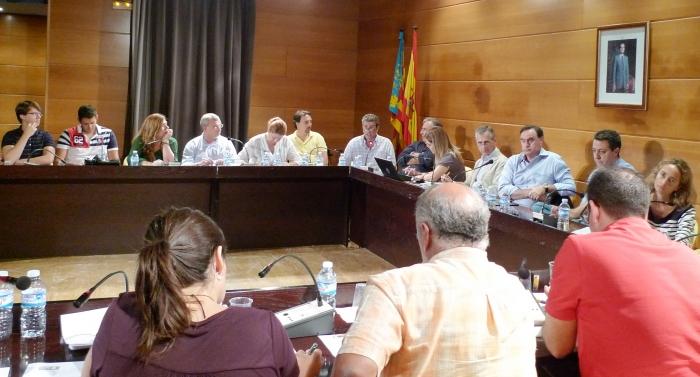 L'Ajuntament s'acull a l'II Pla de Proveïdors, forçat pel deute que el PSOE va arrossegar amb Vaersa durant la passada legislatura