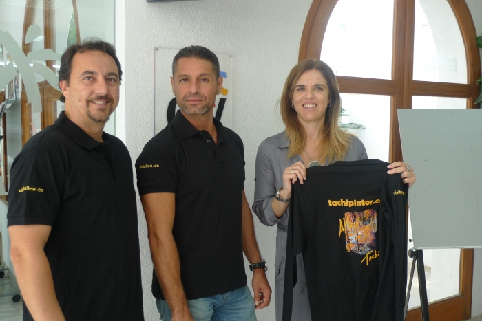 El artista alteano Tachi Lloret promocionará la marca 'VisitAltea' durante sus próximos trabajos en Abu Dhabi