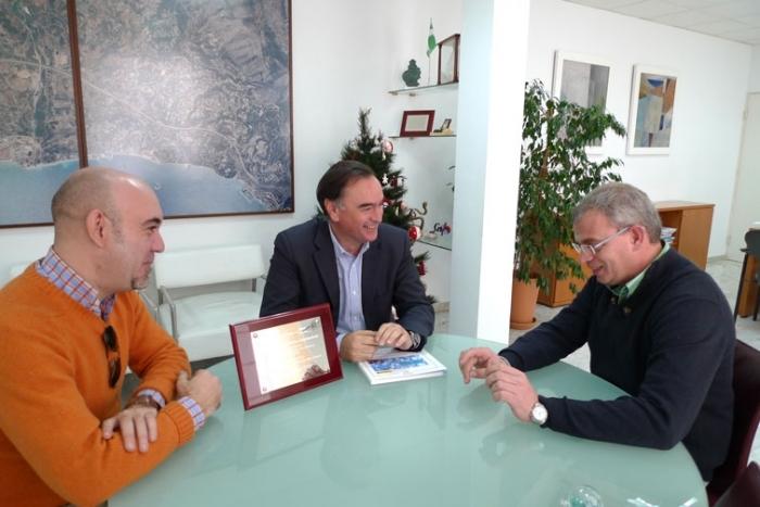 El Ministeri de Sanitat i la FEMP premien a Altea pel projecte de prevenció de drogodependències 'Un Estiu de Cinema'
