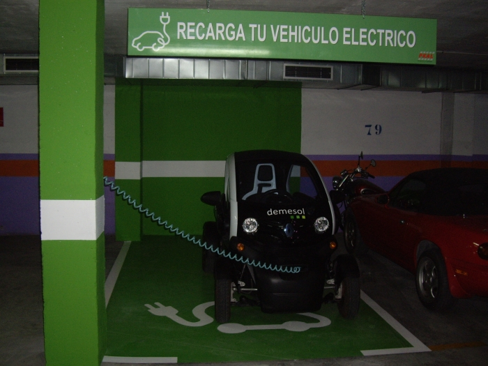 Altea aposta per l'ús del vehicle elèctric