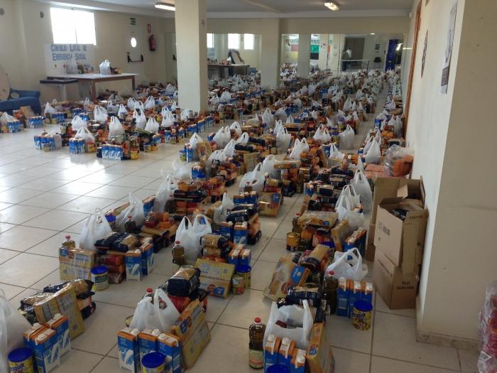 El Consell Local d'Emergència Social ajuda en Nadal a 760 persones, amb el lliurament de 3.200 quilos d'aliments
