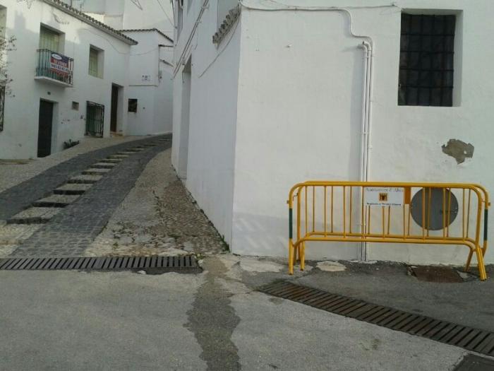 El carrer Cura Llinares es tallara al tràfic per obres de condicionament de l'empedrat