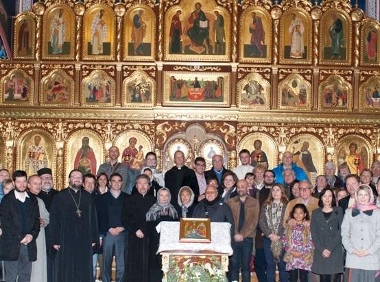 La regidora de Proximitat d'Urbanitzacions, Yolanda Gallardo, va participar el passat dia 26 en la trobada ecuménica 'La Setmana de les oracions per la unió dels Cristians', organitzat per l'Església Ortodoxa Russa San Miguel Arcàngel d'Altea
