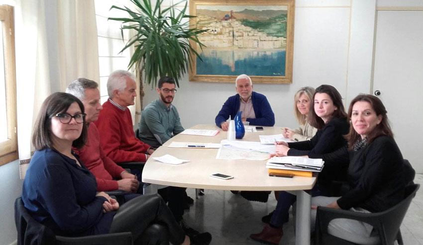 L'Ajuntament trasllada a la sots-directora autonòmica de Ports demandes de millora per al litoral alteà