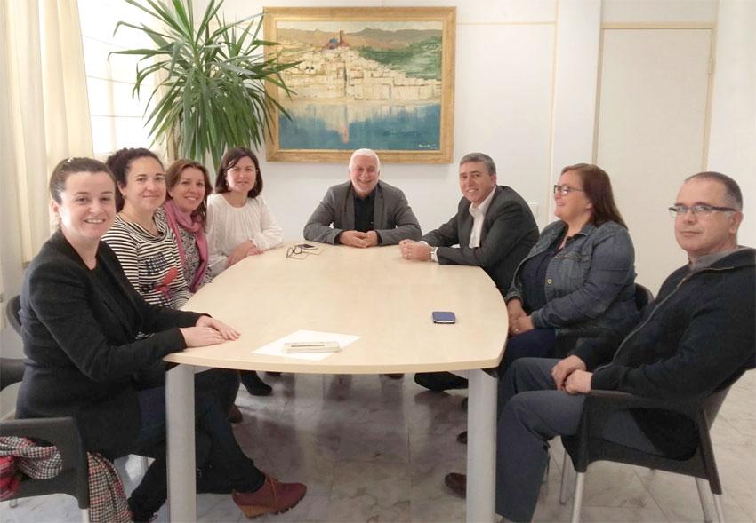 El conseller d'Economia, Rafael Climent, visita Altea