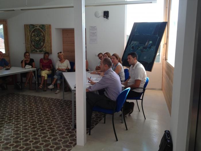 L'Ajuntament engega un curs d'espanyol pràctic en el qual es mostrarà el funcionament de l'administració local
