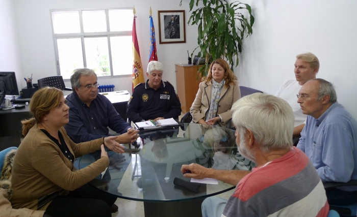 Seguretat Ciutadana i Proximitat es reuneixen amb les associacions de veïns de les urbanitzacions de Altea