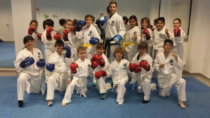 El Centre Cultural d'Altea la Vella amplia les seues activitats amb el curs de Taekwondo