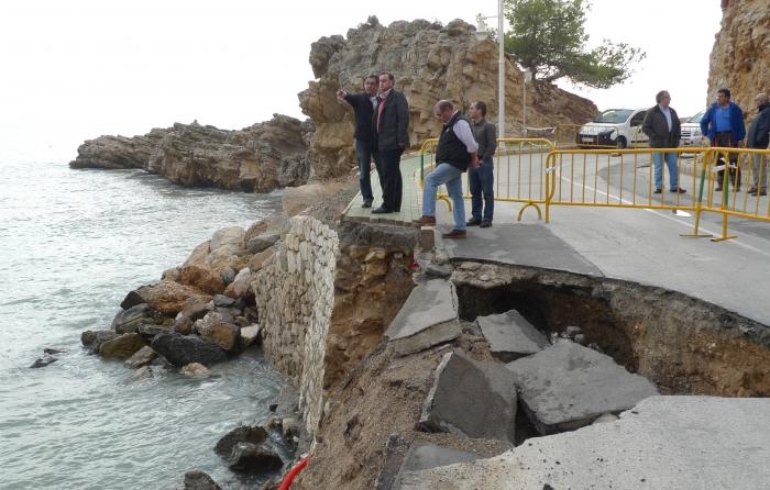 L'alcalde visita els desperfectes causats pel temporal