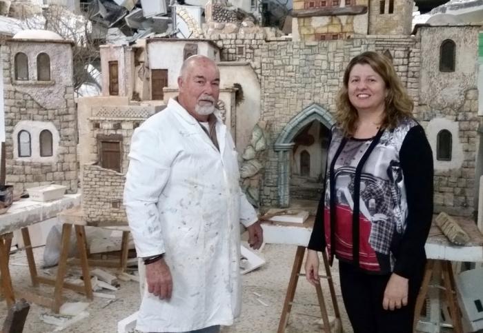 ''Amics del Betlem de la Marina'' prepara el seu nou pessebre que s'exposarà en Altea
