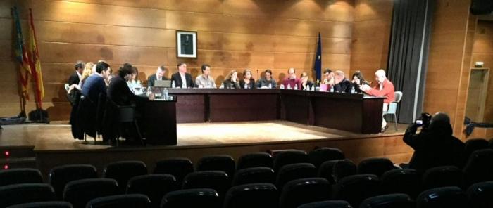 La corporació municipal aprova en ple una declaració en favor de la transparència en l'administració i en contra de la corrupció política
