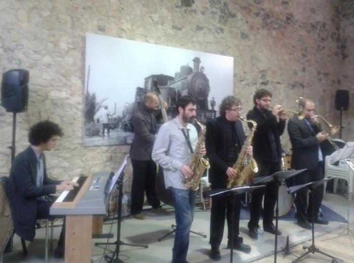 Un concert de jazz clausura les activitats commemoratives del centenari de l'arribada del tren a Altea