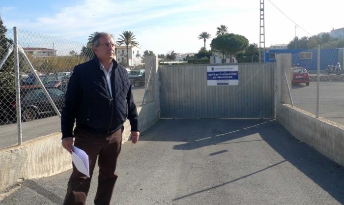 Tràfic i Seguretat Ciutadana inicien una campanya de tractament de vehicles abandonats