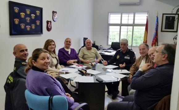 L'Ajuntament celebra una reunió de treball amb l'associació Veïns Cooperant