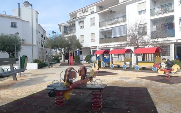 Proximitat convoca una reunió amb els veïns per a la remodelació de la Plaça de la Carrasca
