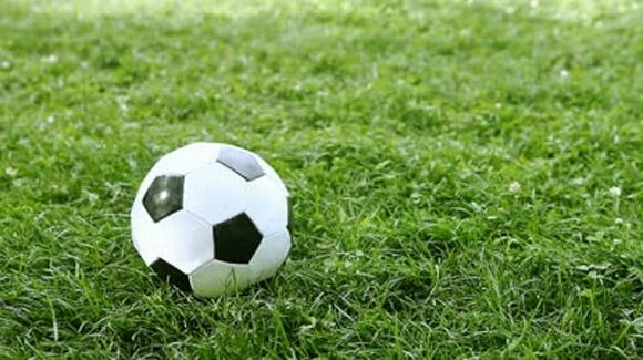 Equips de futbol europeus realitzen la seva pretemporada d'hivern en Altea