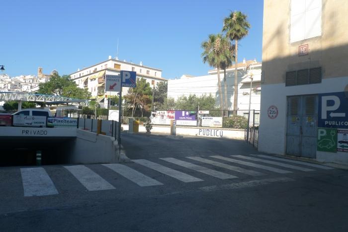 L'Alcalde renúncia a la plaça de garatge reservada en el pàrquing de davall de l'Ajuntament