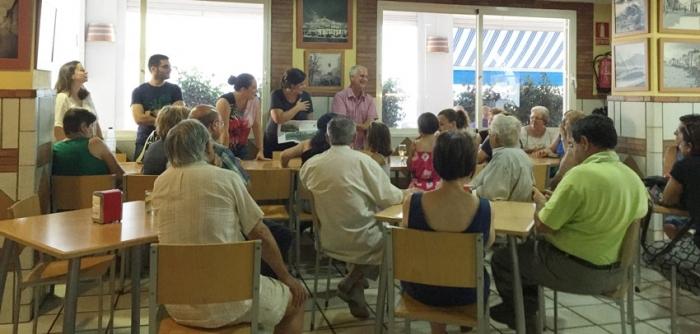 Llinares i Orozco expliquen als veïns l'actual situació de les obres del Parc de la Carrasca