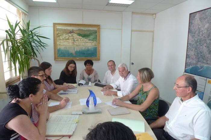 Ajuntament i Conselleria es reuneixen per parlar del Portet de l'Olla i d'Infraestructures