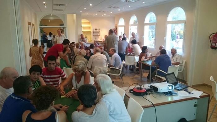 Més de 100 persones van participar ahir en el taller d'Altea la Vella per a realitzar les seues aportacions al Pla General