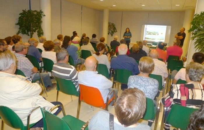 El Pla de Participació Ciutadana per a la revisió del PGOU ha reunit aquesta setmana a veïns de Foieta, La Mar, Sant Pere i la Costera dels Nassos
