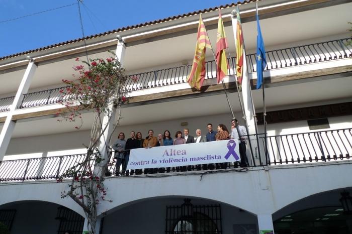 L'Ajuntament d'Altea es suma a les reivindicacions del Dia Internacional per l'Eliminació de la Violència contra les Dones