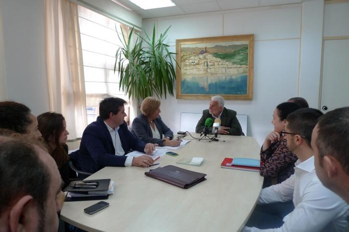 L'Alcalde d'Altea manté una reunió de treball amb Herick Campos i Encarna Llinares