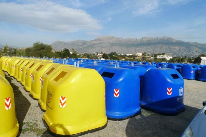 La Regidoria d' Infraestructures compra un total de 150 contenidors de reciclatge