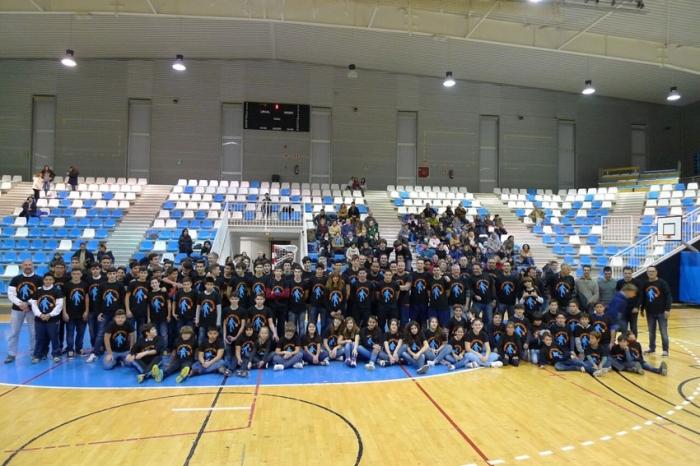 El club esportiu Bàsquet Altea presenta als seus equips per a la temporada 2015/2016