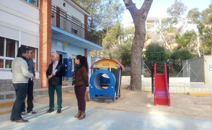 Jaume Llinares i Vicenta Pérez visiten el CEIP de l'Olla