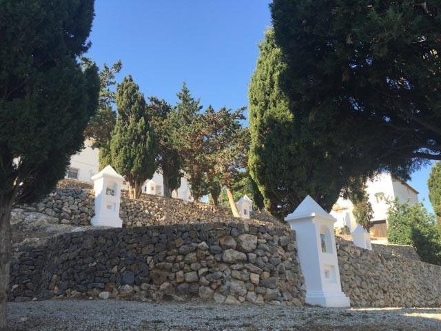 L'Ajuntament condiciona el calvari d'Altea la Vella de cara a Setmana Santa