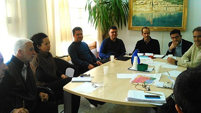 L'Ajuntament manté una reunió de treball amb representants de la Universitat Miguel Hernández