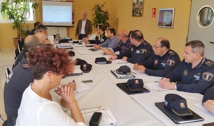 Es reuneixen a Altea els nou municipis que integren la Comissió Comarcal de Prevenció en Seguretat Local de la Marina Baixa