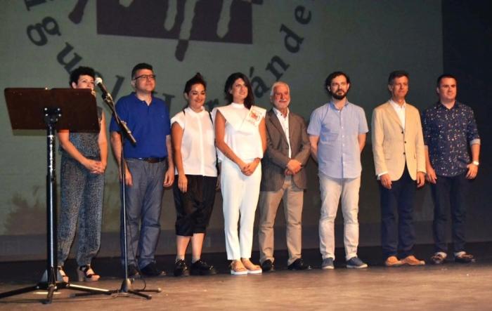 Jaume Llinares participa en l'acte de graduació de la XIV promoció dels alumnes de Belles Arts de la UMH