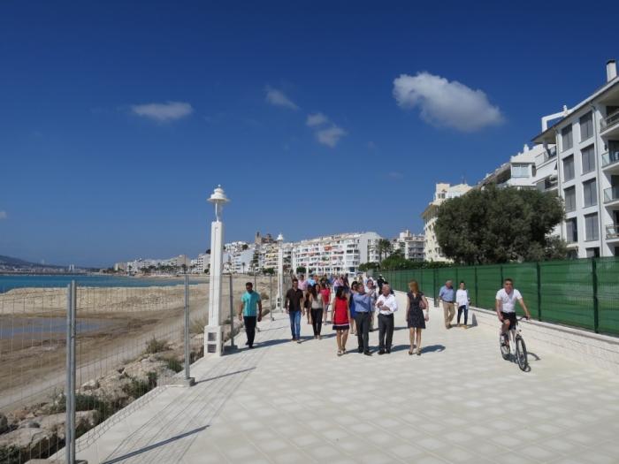 Obri al públic el nou passeig de la façana marítima d'Altea