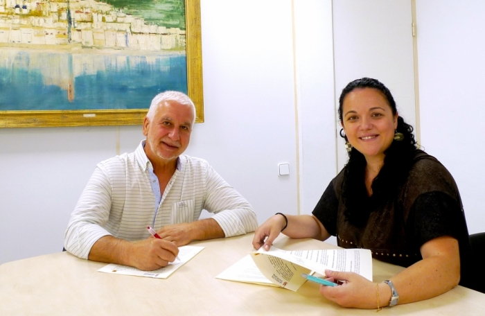 L'Ajuntament d'Altea signa un conveni amb la Generalitat per a la gestió de les prestacions d'acolliment familiar de menors