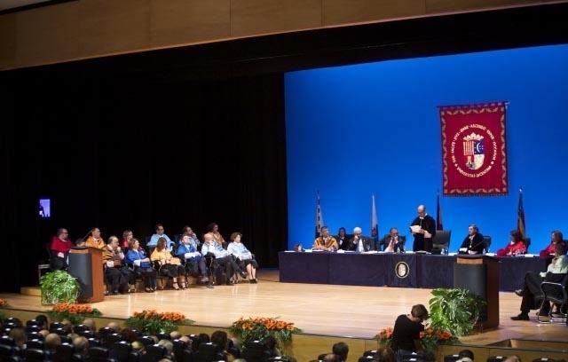 Representació municipal en l'obertura dels cursos universitaris de la UA i la UMH