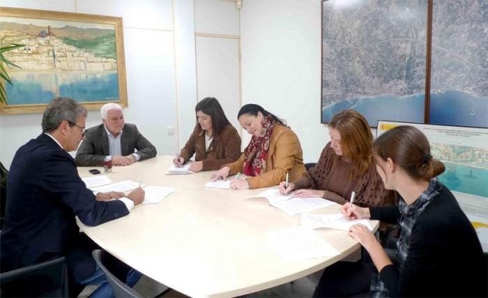 Altea es reafirma en la lluita contra la violència de gènere amb la signatura d'una declaració institucional per part de la corporació municipal