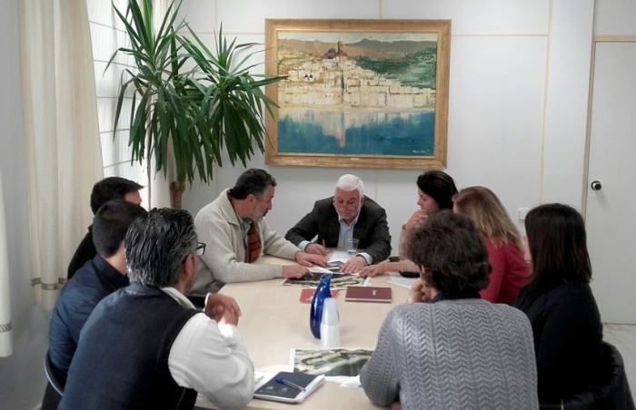 L'Ajuntament i Costes acorden un projecte de regeneració de la platja de Cap Negret danyada pel temporal