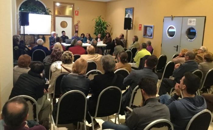 L'equip de govern anuncia als veïns d'Altea la Vella el projecte de millora dels nous accessos al nucli urbà