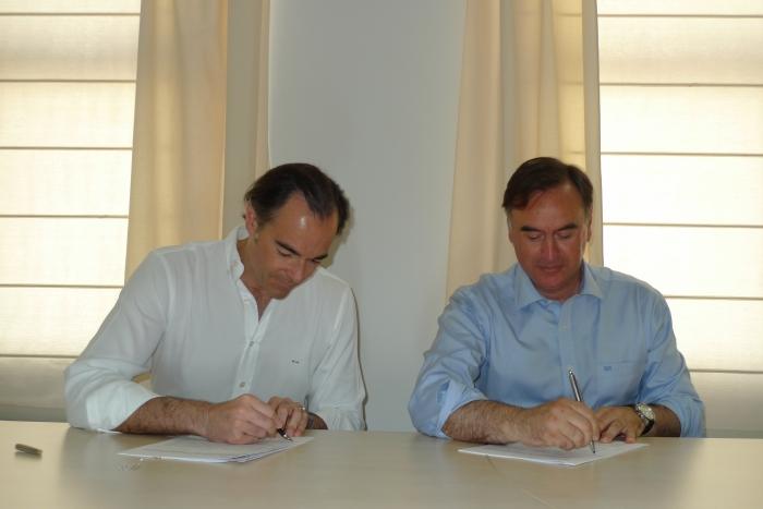 La Conselleria de Sanitat i l'Ajuntament signen l'acord de col·laboració perquè seguisquen oberts els tres Consultoris Auxiliars d'Altea