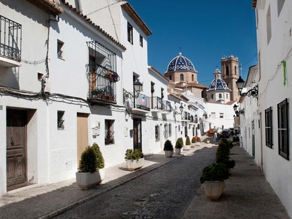 Tráfico informa sobre la peatonalización en el Casco Antiguo durante la Semana Santa
