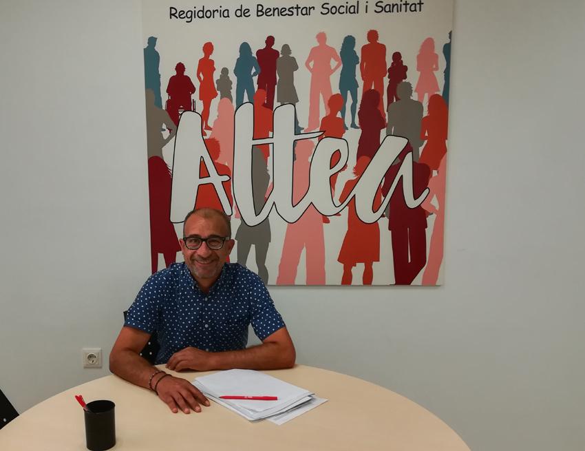 El regidor de Benestar Social anuncia la posada en marxa del projecte de Targetes Socials per a la compra de productes alimentaris i de primera necessitat