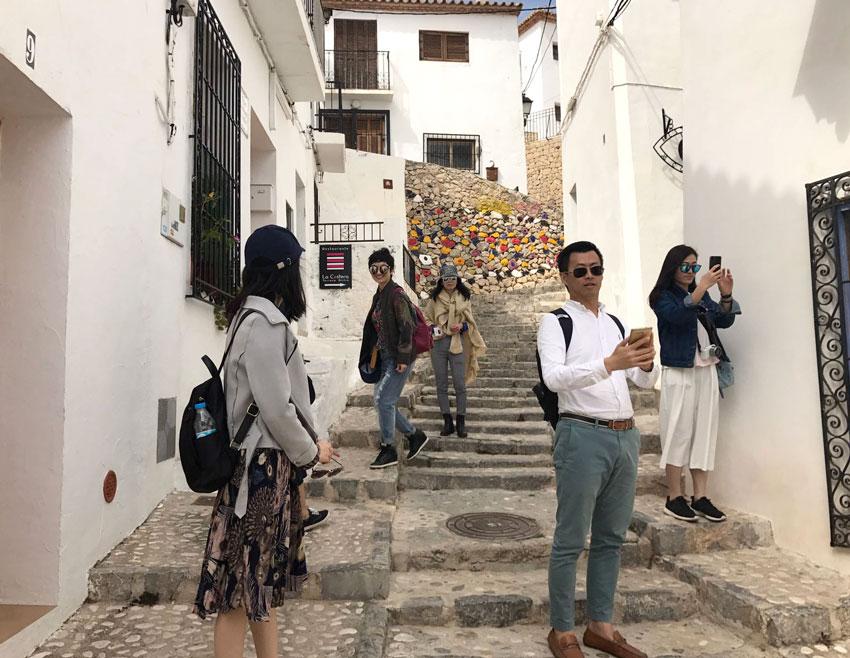 Agentes de viajes chinos se interesan por la oferta turística de Altea