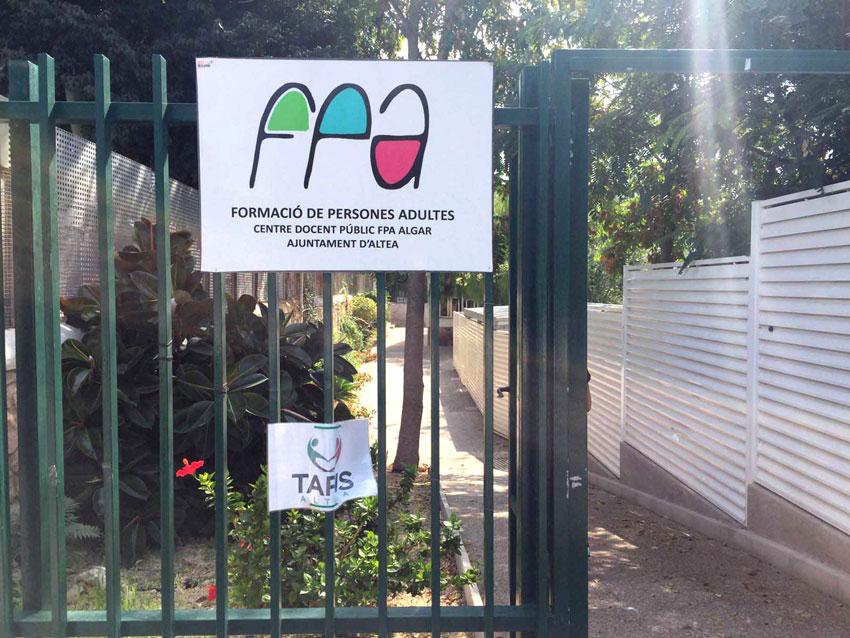 Vicenta Pérez anuncia la firma del convenio entre el Centre de Formació de Persones Adultes (FPA) y la Conselleria de Educación por segundo año consecutivo