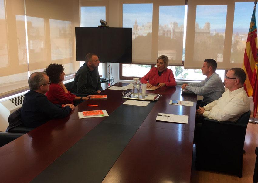 Reunió conjunta dels representants dels Ajuntaments d'Altea i Alzira amb la Directora General de Treball i Formació del SERVEF