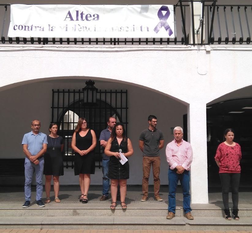 L'Ajuntament d'Altea convoca un minut de silenci per l'assassinat d'una dona a Oriola