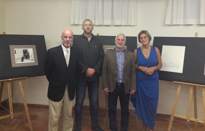"""Inaugurada l'exposició """"Altea Recordada"""" amb gravats del professor Schlotter i text de José Morote"""