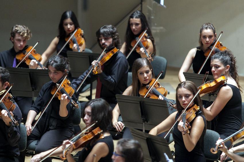 La Jove Orquestra Simfònica de la FSMCV inicia la temporada de concerts en Palau d'Altea