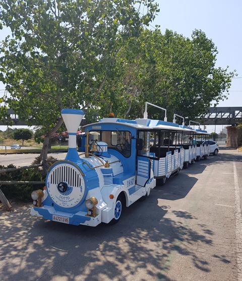 Altea recupera el tren turístic amb un ample recorregut per la localitat